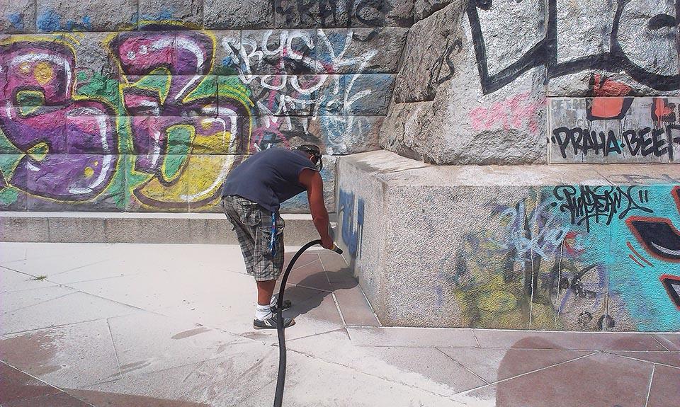 Odstránenie grafitov Bratislava